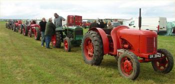 Photograph of Caithness Vintage Tractor & Machinery Club