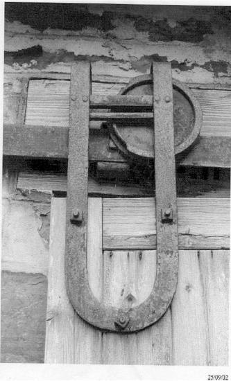 Photograph of An Unusual Door Support (by Geoff Leet)