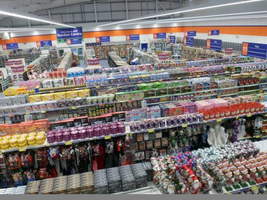 Photograph of New Store B & M Opens At Wick