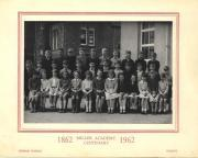 Thumbnail for article : Miller Academy 1962 Class Photo
